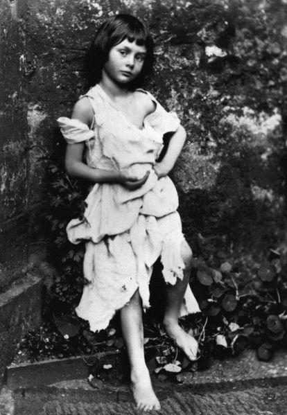 Алиса в стране чудес история