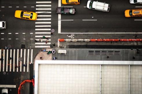 Пешеходные переходы Нью-Йорка и Токио (11)