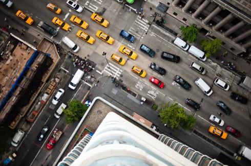 Пешеходные переходы Нью-Йорка и Токио (13)