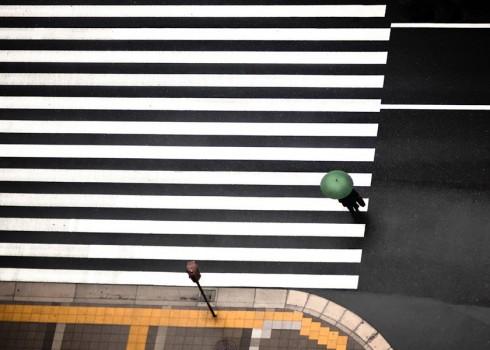 Пешеходные переходы Нью-Йорка и Токио (16)