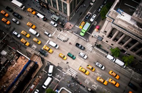 Пешеходные переходы Нью-Йорка и Токио (2)