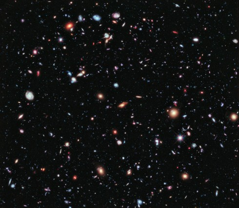 Expanding Universe Photographs from the Hubble Space